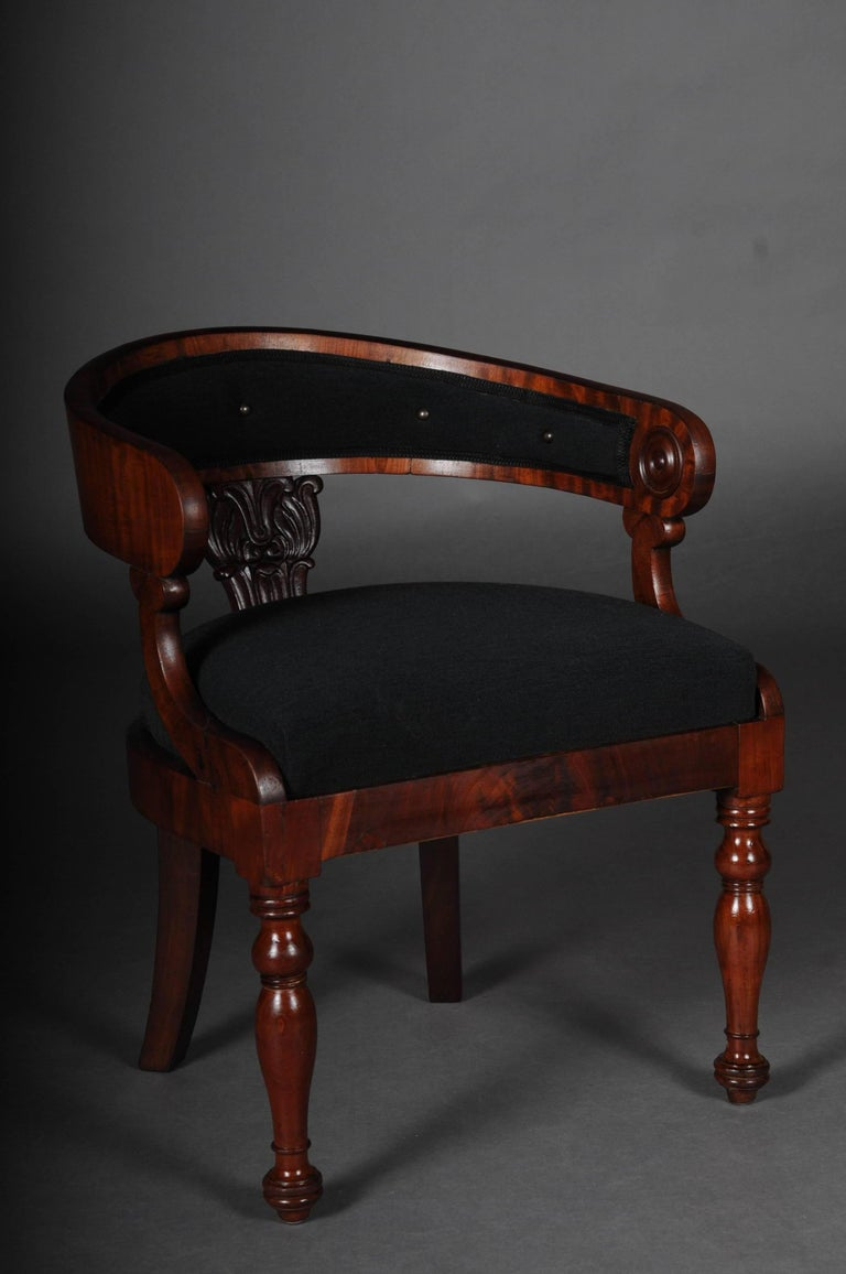 Mahogany solid wood, partially veneered. Semicircular backrests, Bergeren-form. Restored and reupholstered with original Wollrips fabric covered.   (C-147).