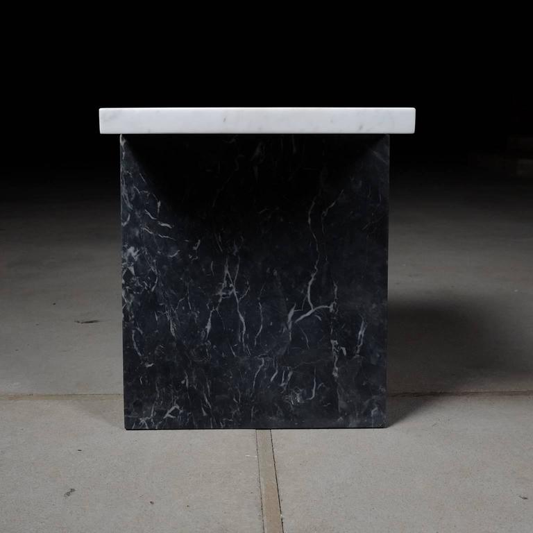 Minimalist Coulee, Contemporary Marble Side Table For Sale