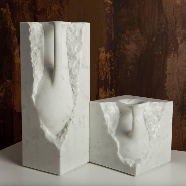 Svelata Small Vase, Contemporary Hand-Carved Carrara Marble Vessel For Sale 1