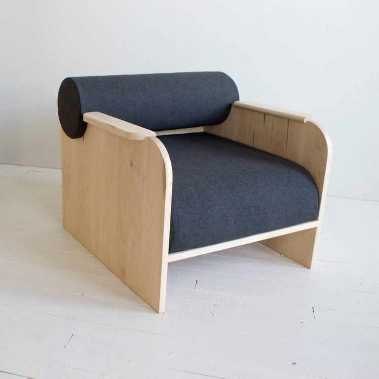 Contemporary June Lounge Chair For Sale