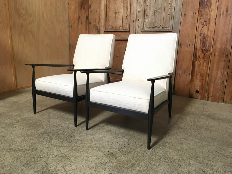 Pair of lounge chairs by Paul McCobb.