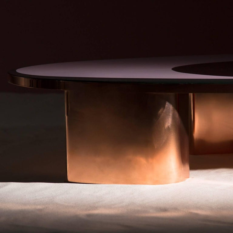 French 21st Century European Copper and Resin Inlay Oval Shaped Coffee Table For Sale