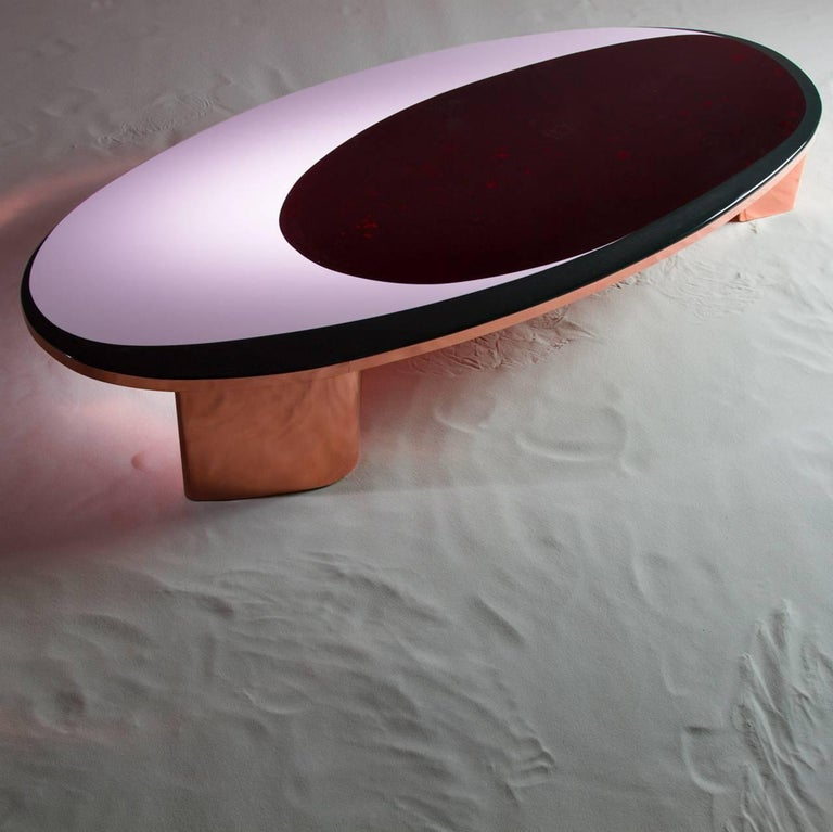 Hand-Crafted 21st Century European Copper and Resin Inlay Oval Shaped Coffee Table For Sale