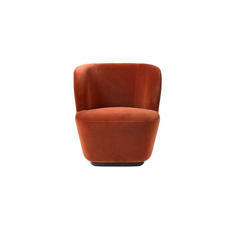 Contemporary Stay Lounge Chair in Cotton Velvet with an Optional Swivel For Sale 2