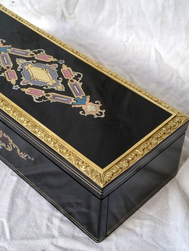French Napoleon III Boulle Marquetry Bronze Tortoiseshell Jewel Gloves Box, France For Sale