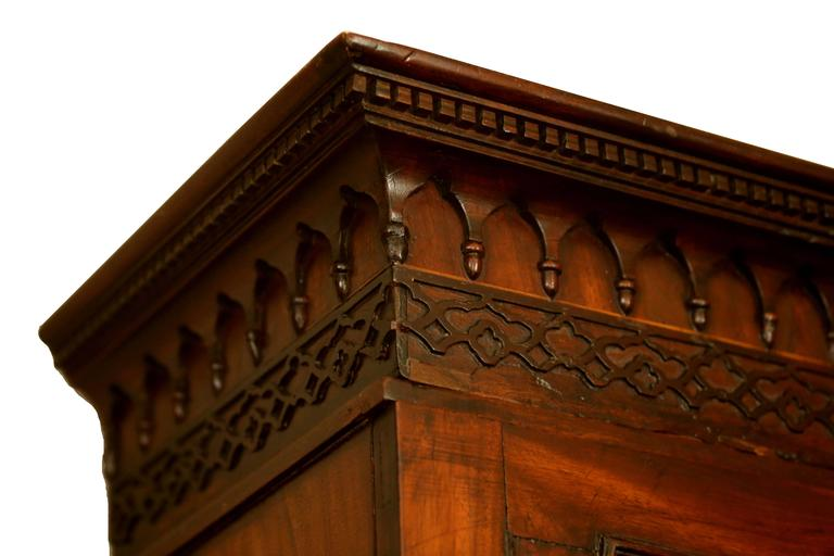 English 18th Century Georgian Flame Mahogany Secretary Bookcase For Sale