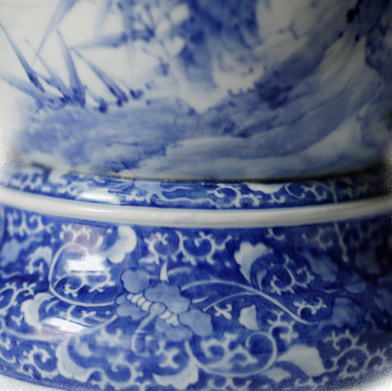Pair of Large Meiji Period Blue and White Porcelain Vases For Sale 2