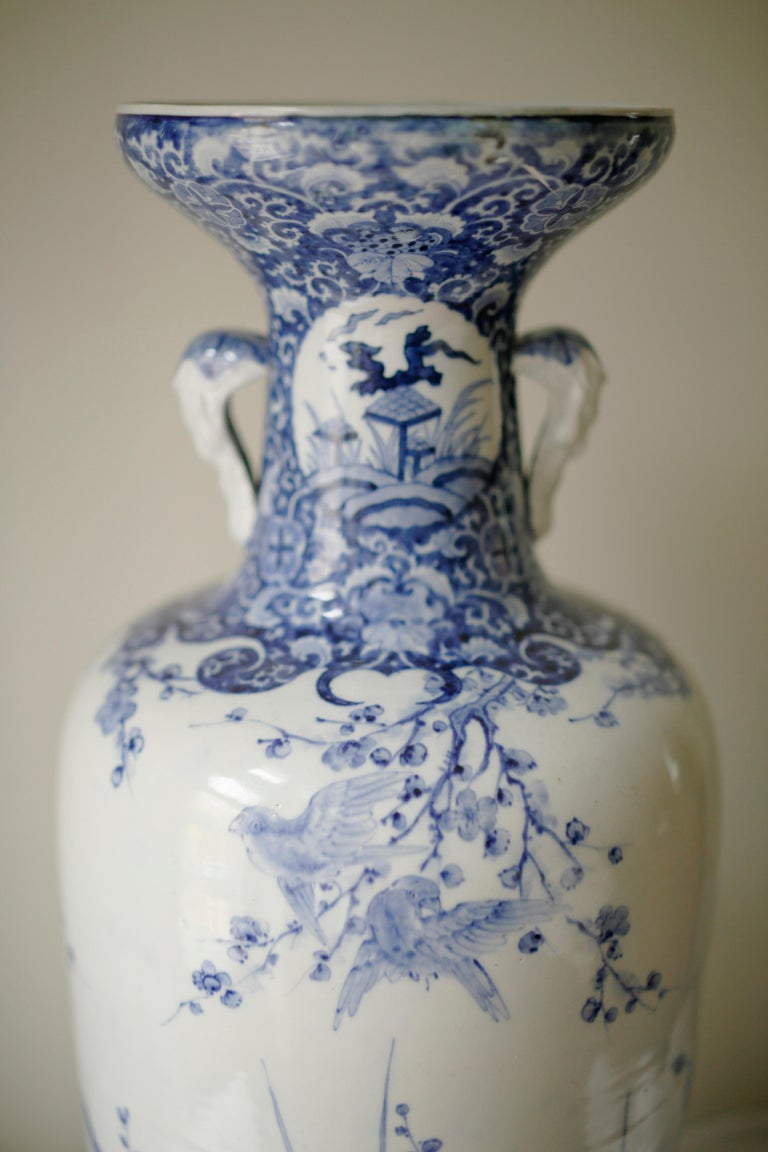 Late 19th Century Pair of Large Meiji Period Blue and White Porcelain Vases For Sale