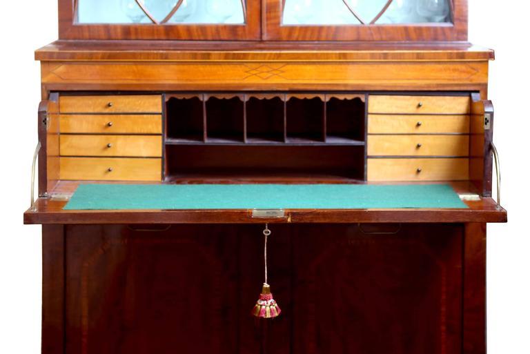 Mahogany Early 19th Century English Hepplewhite Regency Secretary Bookcase and Cabinet For Sale