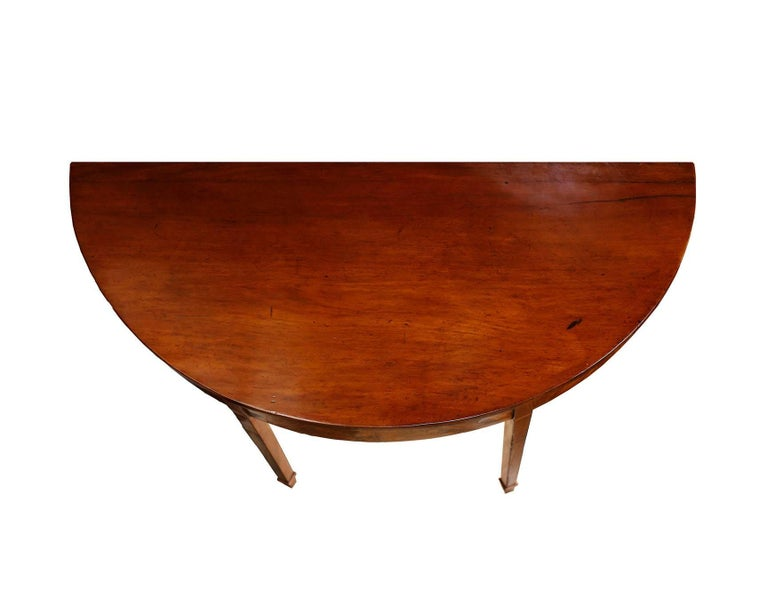 Late 18th Century Pair of late 18th Century Hepplewhite Mahogany Demilune Tables For Sale