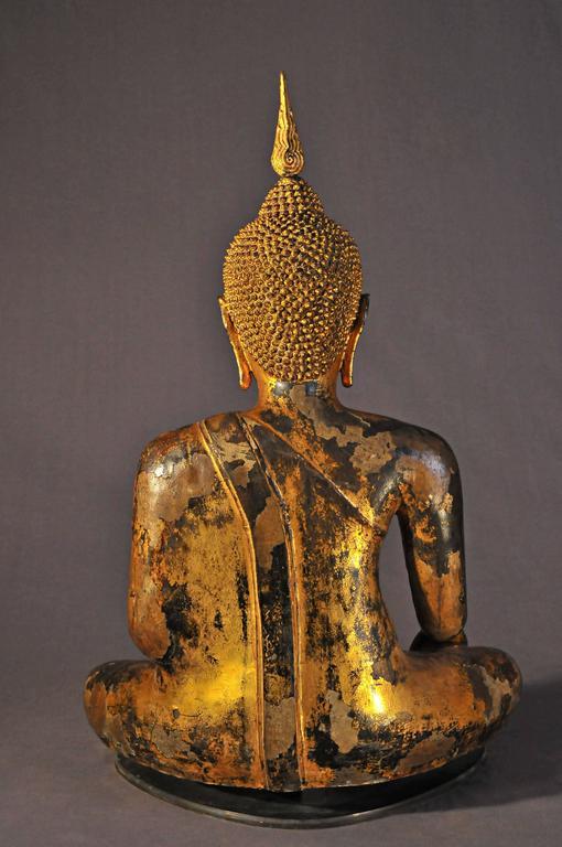 Late 17th Century Gilt Bronze Buddha in Bhumisparsha Mudra, Ayutthaya, Thailand For Sale 1
