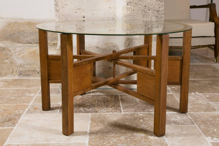 Very stylish coffee and cocktail table in oak with glass top.