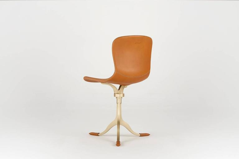 Mid-Century Modern Bespoke Sand Cast Brass Chair in Châtaigne Leather by P. Tendercool For Sale