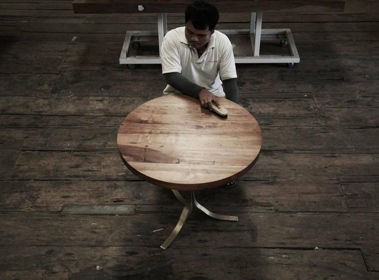 Round Table in Reclaimed Hardwood, Sand-cast Brushed Brass Base, by P.Tendercool 4