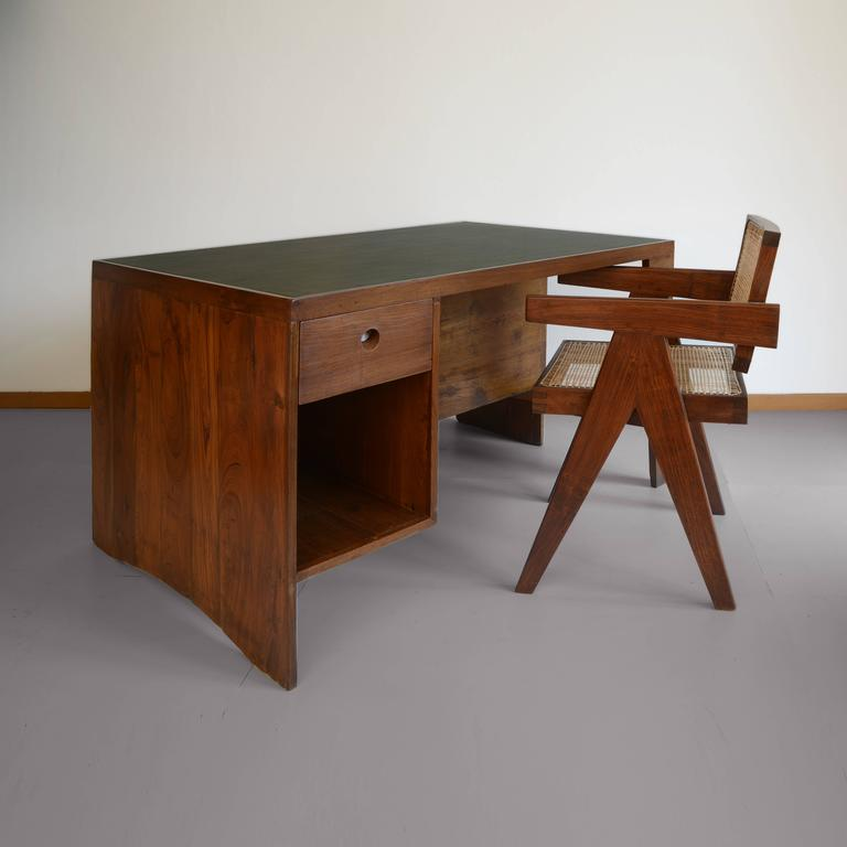 Mid-20th Century Pierre Jeanneret Office Desk with Visible for Chandigarh For Sale