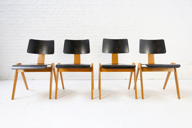 Robin Day Set of 4 Hille 'Hillestak' Stacking Midcentury Chairs, 1950s 2