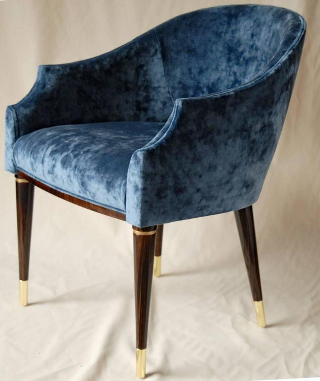 Armchair, Midcentury Style, Luxury Details, Blue Cloudy Velvet, Italia For Sale 3