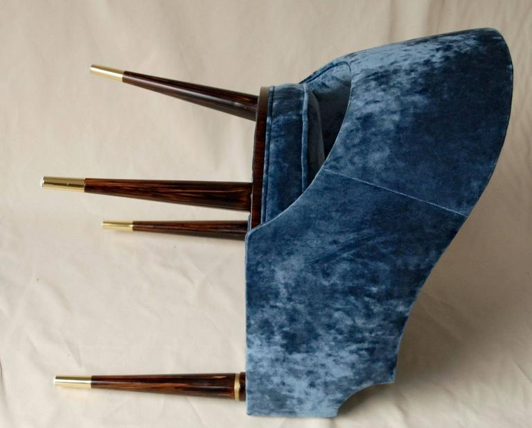 Armchair, Midcentury Style, Luxury Details, Blue Cloudy Velvet, Italia For Sale 4