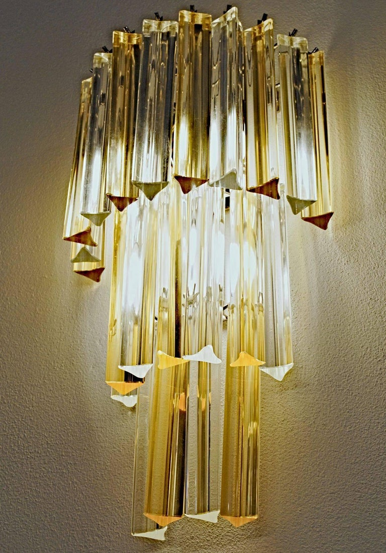 Mid-Century Modern Two Murano Triedri Sconces, Clear with Amber Filigree, Venini attributed For Sale