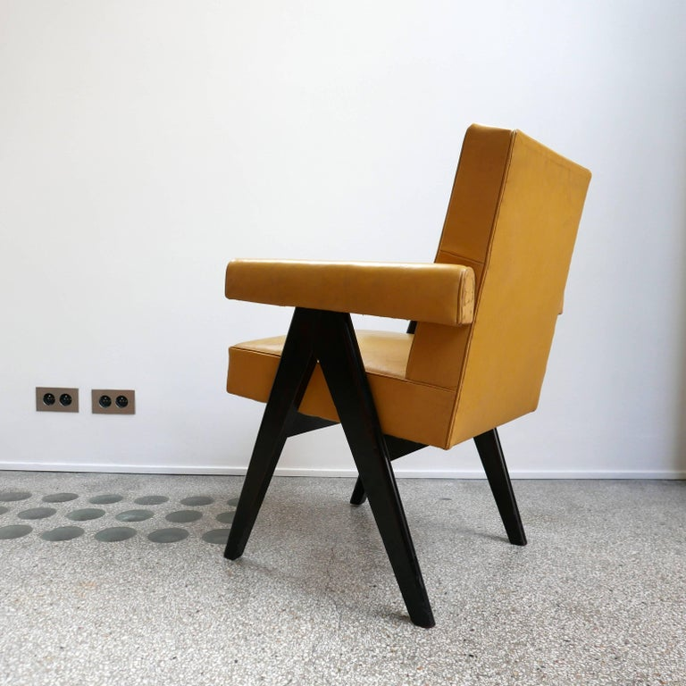 Pierre Jeanneret, PJ-SI-30-A, Committee Armchair, Chandigarh, circa 1953 In Good Condition For Sale In Paris, FR