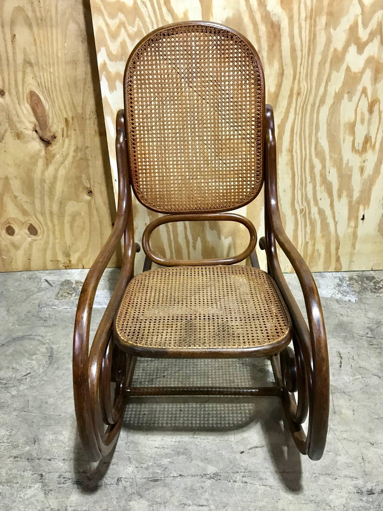 Rocking chair schaukelstuhl by gebr der thonet for sale at for Schaukelstuhl sale