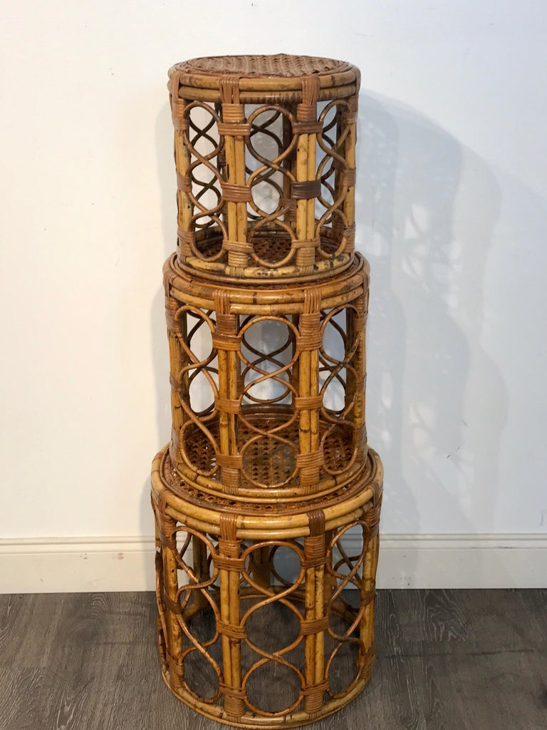 Set of Three Graduating/ Nesting Bamboo, Rattan and Reed Nesting Side Tables For Sale 1