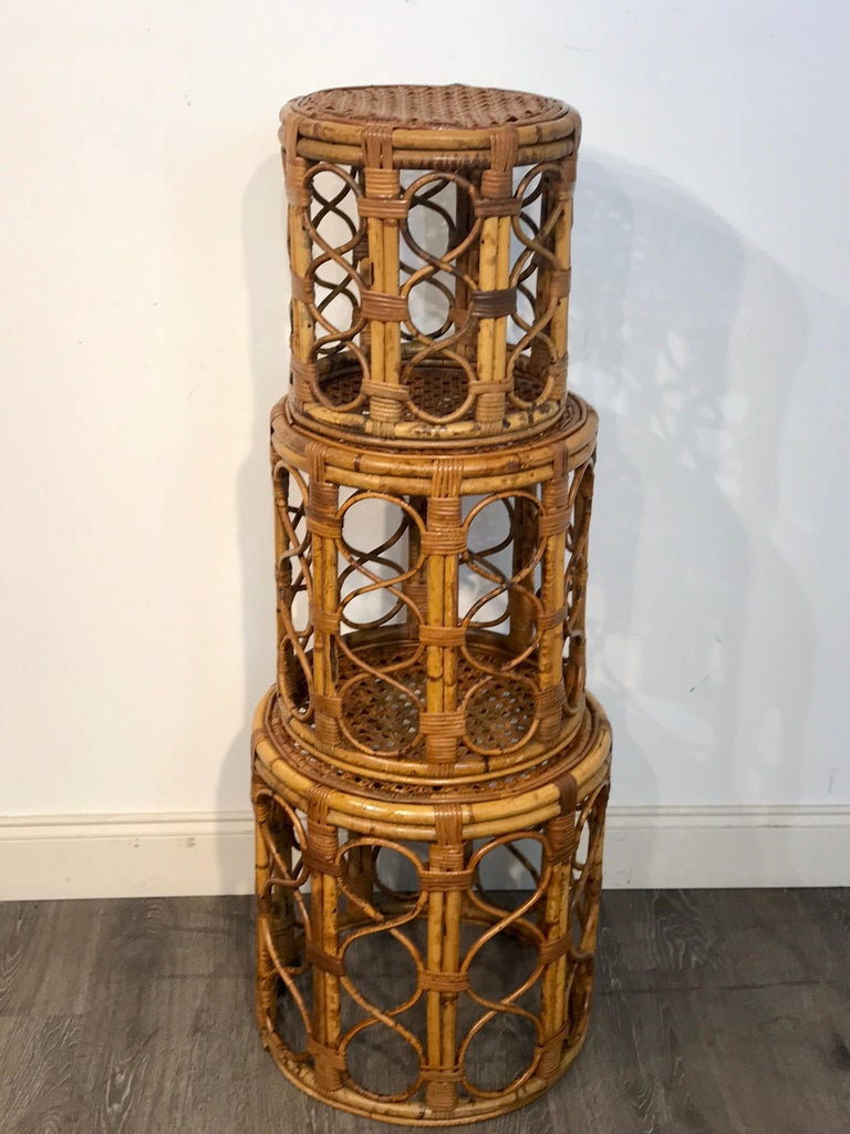 Set of Three Graduating/ Nesting Bamboo, Rattan and Reed Nesting Side Tables For Sale 3