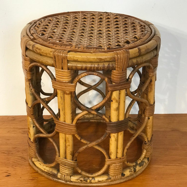 Set of Three Graduating/ Nesting Bamboo, Rattan and Reed Nesting Side Tables For Sale 4