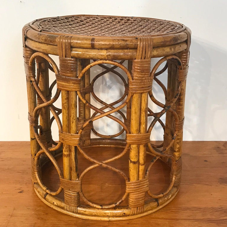 Set of Three Graduating/ Nesting Bamboo, Rattan and Reed Nesting Side Tables For Sale 5