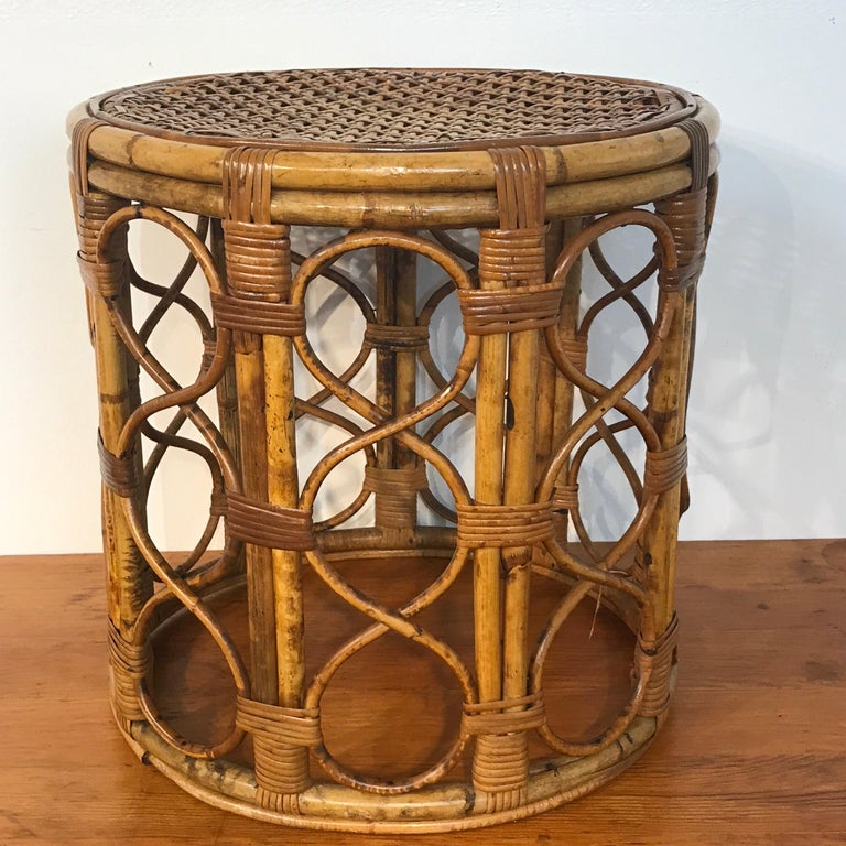 Set of Three Graduating/ Nesting Bamboo, Rattan and Reed Nesting Side Tables For Sale 7