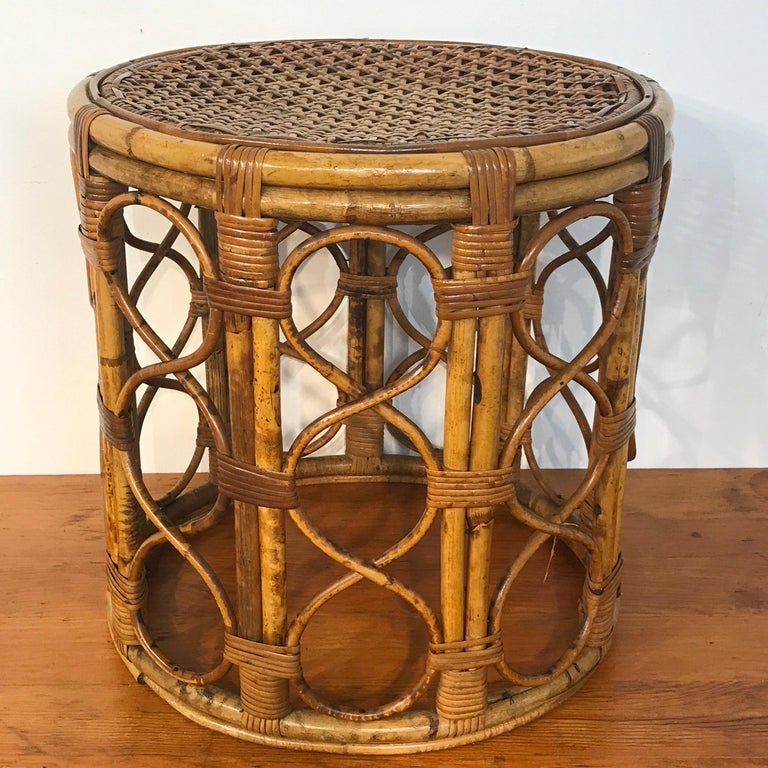 Set of Three Graduating/ Nesting Bamboo, Rattan and Reed Nesting Side Tables For Sale 8