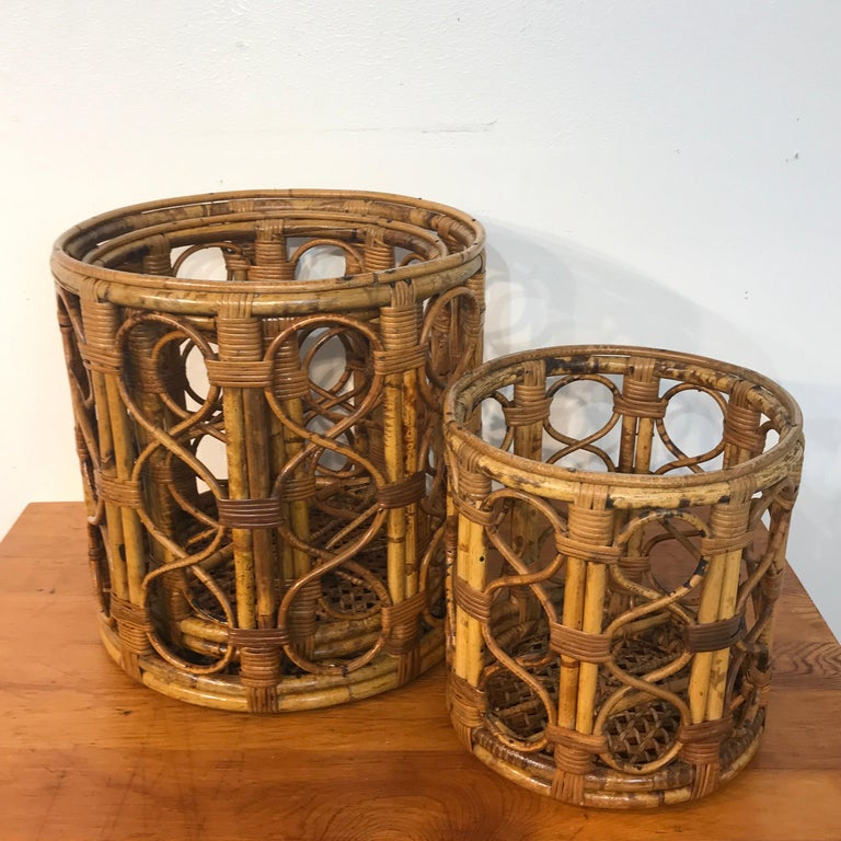 Set of Three Graduating/ Nesting Bamboo, Rattan and Reed Nesting Side Tables For Sale 9