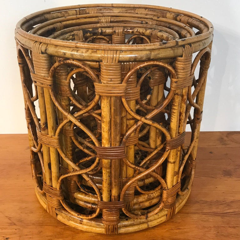 Set of Three Graduating/ Nesting Bamboo, Rattan and Reed Nesting Side Tables For Sale 10