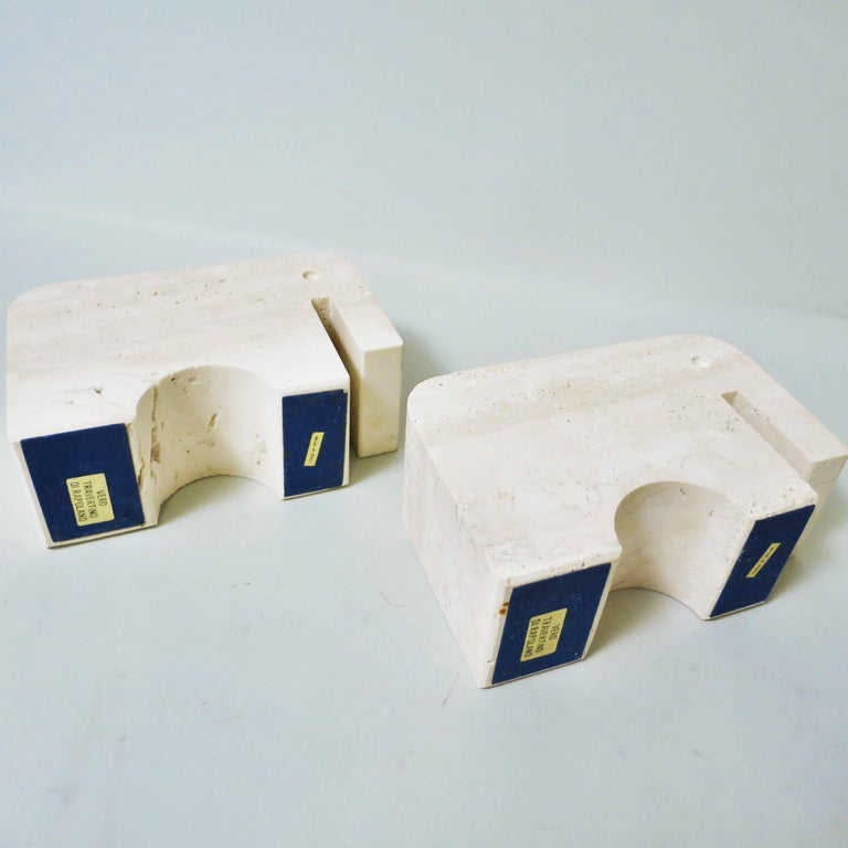 Italian Pair of Bookends Elephant in Travertine by Fratelli Mannelli, 1970 For Sale