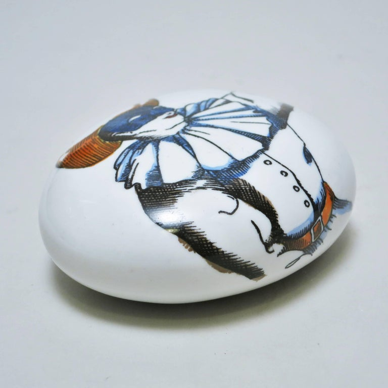 Porcelain Pebble Paperweight Commedia dell'Arte by Piero Fornasetti In Good Condition For Sale In Paris, FR