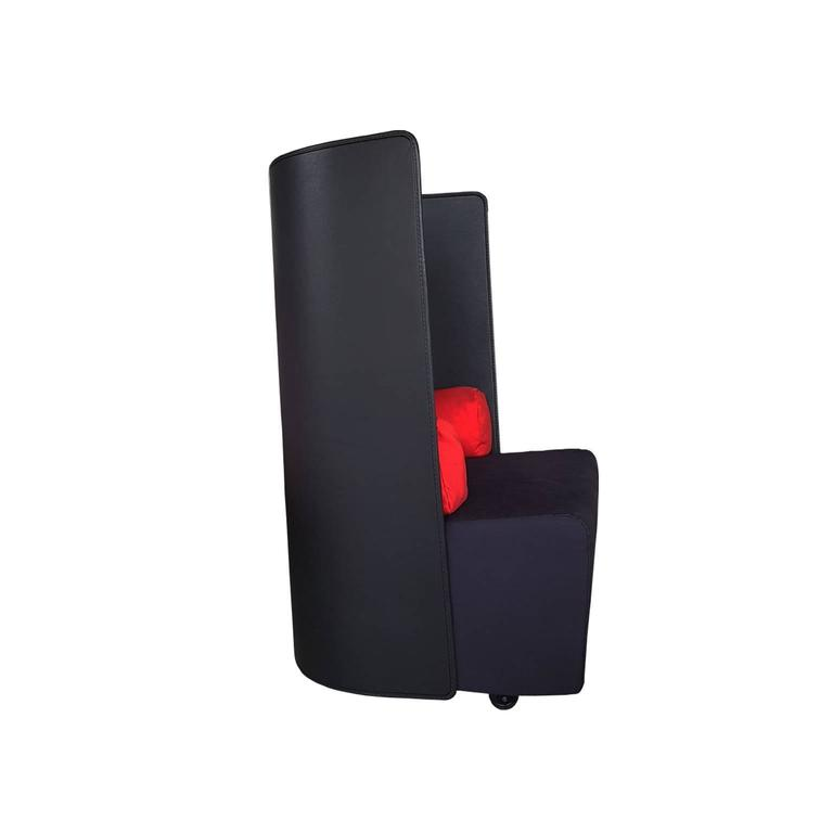 Post-Modern Vintage Armchair by Zanotta in Leather and Fabric Black / Red Late 20th Century For Sale