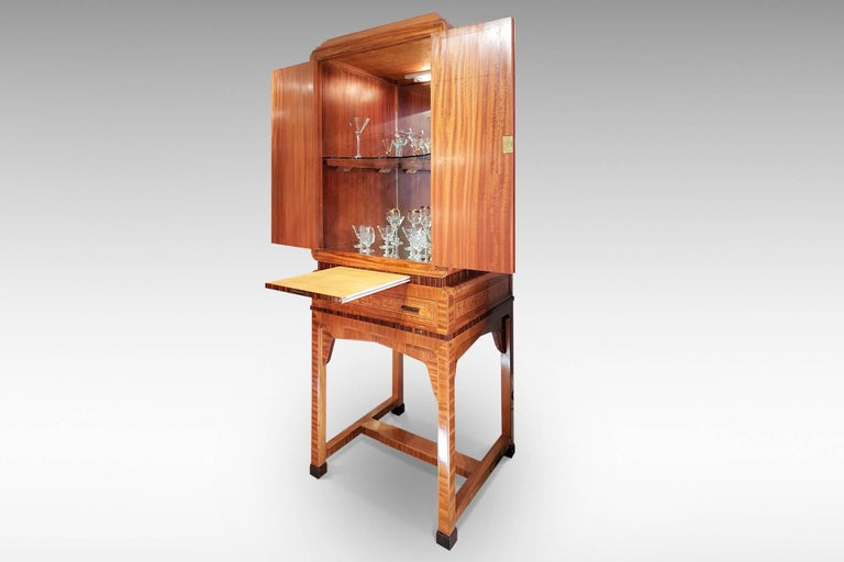 Art Deco Cocktail Cabinet in Burr Walnut and Other Veneers In Excellent Condition For Sale In Kent, GB