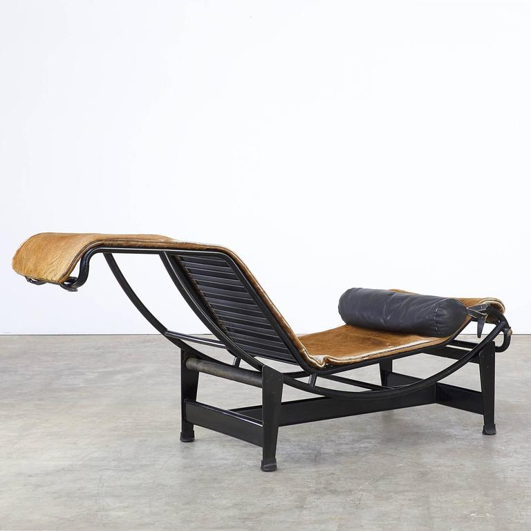 le corbusier pierre jeanneret and charlotte perriand lc4 pony skin for sale at 1stdibs. Black Bedroom Furniture Sets. Home Design Ideas