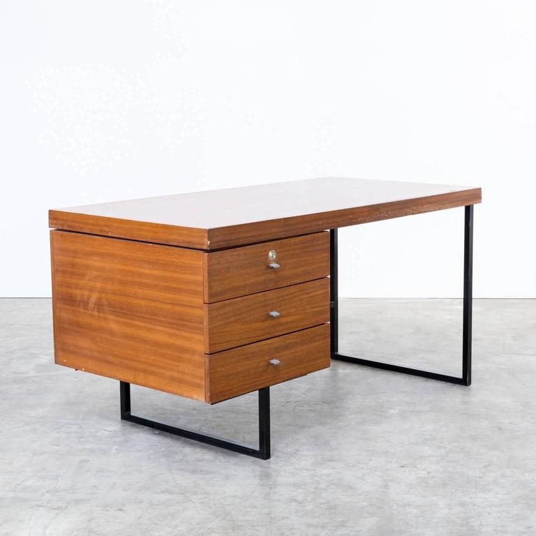 Lacquered 1960s Pierre Guariche Writing Desk for Meurop