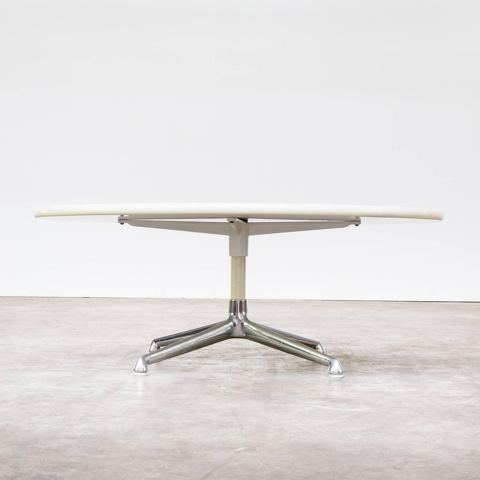 eames round coffee table for herman miller 3