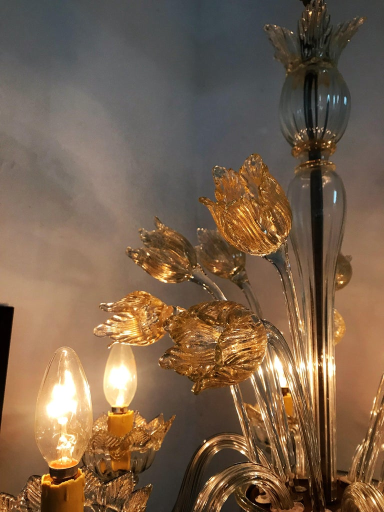 Italian Mid-Century Modern Chandelier in Murano Glass, Attr. Barovier & Toso, circa 1950 For Sale