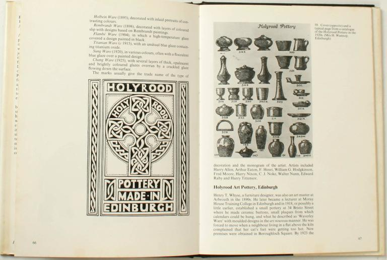 British Art Pottery by A.W. Coysh, First Edition For Sale 2