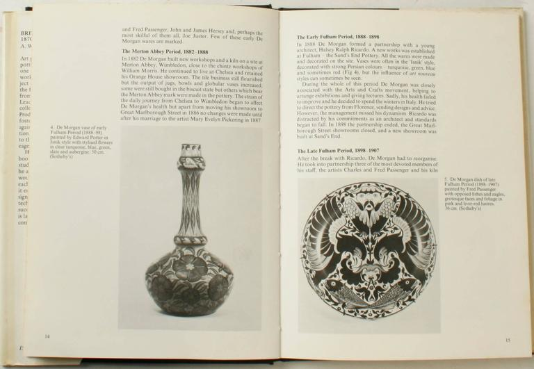 British Art Pottery by A.W. Coysh, First Edition For Sale 1