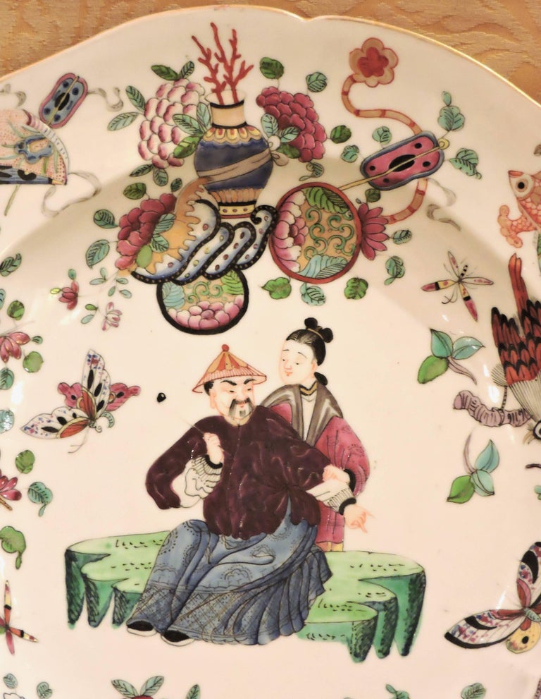 Hand-Painted Pair of 19th Century Polychromed Bayeux Porcelain Pendant Plates For Sale