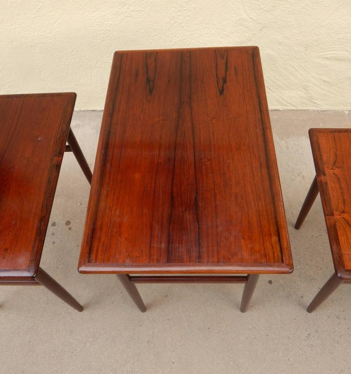 Set of Three Swedish Mid-Century Modern Rosewood Nesting Tables, circa 1950 For Sale 1