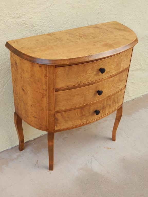 Swedish Art Deco Mini Chest Or End Table In Golden Flame Birch, Circa 1930