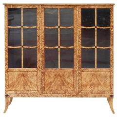 Swedish Art Deco-Biedermeier Revival Flame Birch Vitrine, circa 1930