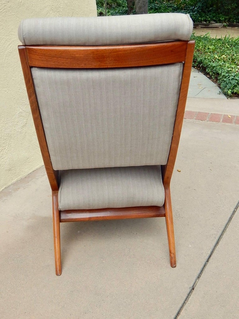 Mid-20th Century Argentine Americano Funcional Mid-Century Slipper Chair 1950s For Sale