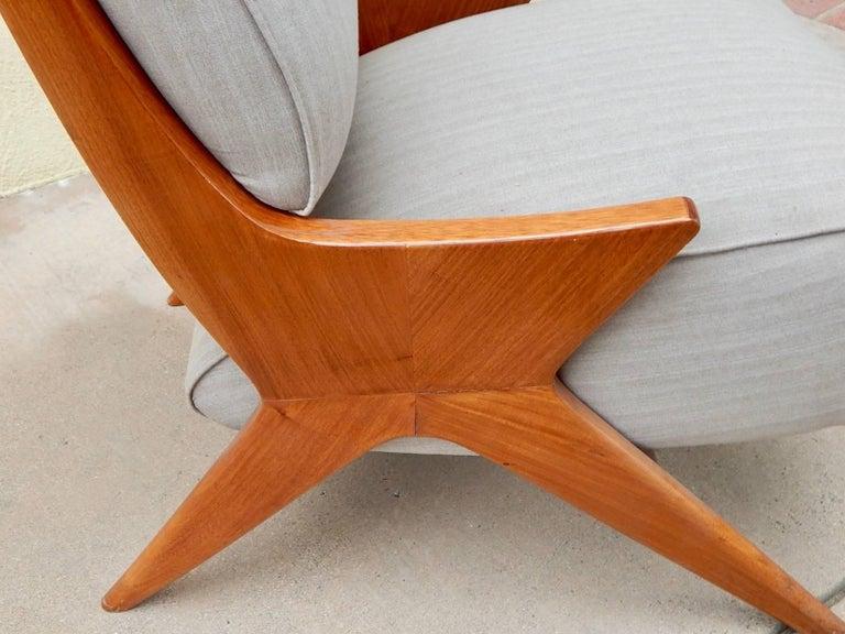 Argentine Americano Funcional Mid-Century Slipper Chair 1950s For Sale 1