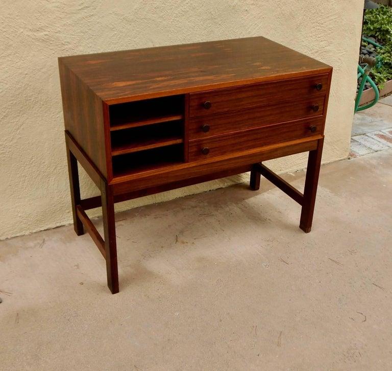 Danish Mid-Century Modern Rosewood Storage Chest, circa 1960 For Sale 9